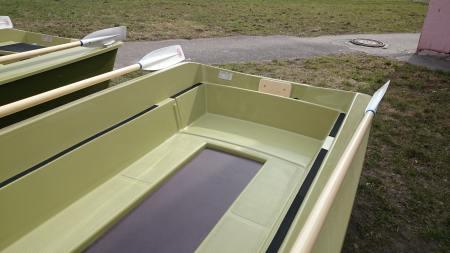 лодка шарк-330